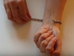 Fasten Bracelet with Paper Clip