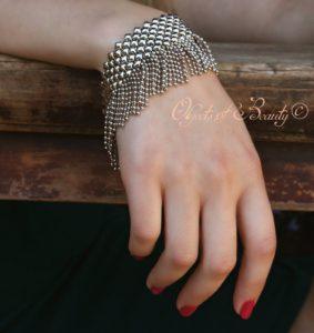 lmj-flirtatious-flapper-bracelet